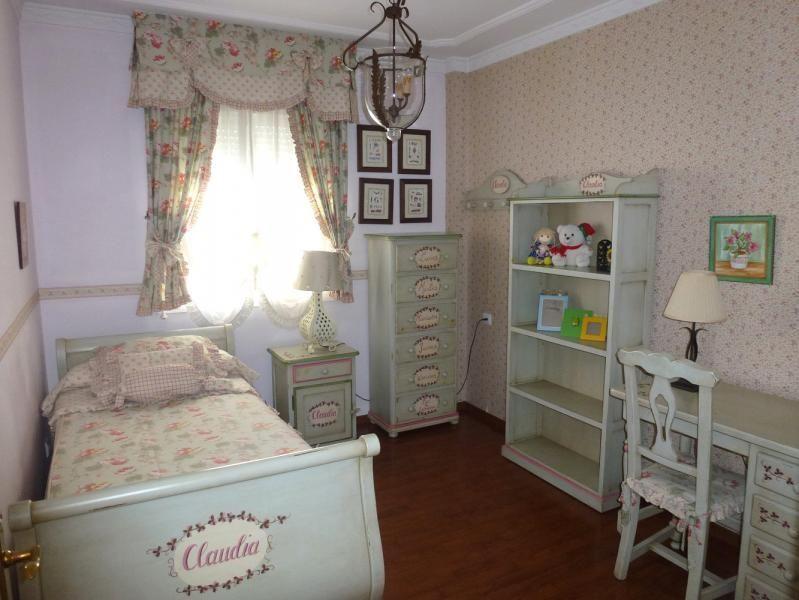 Dormitorio - Piso en alquiler en calle San Sebastian, Zona Centro en Huelva - 90321684
