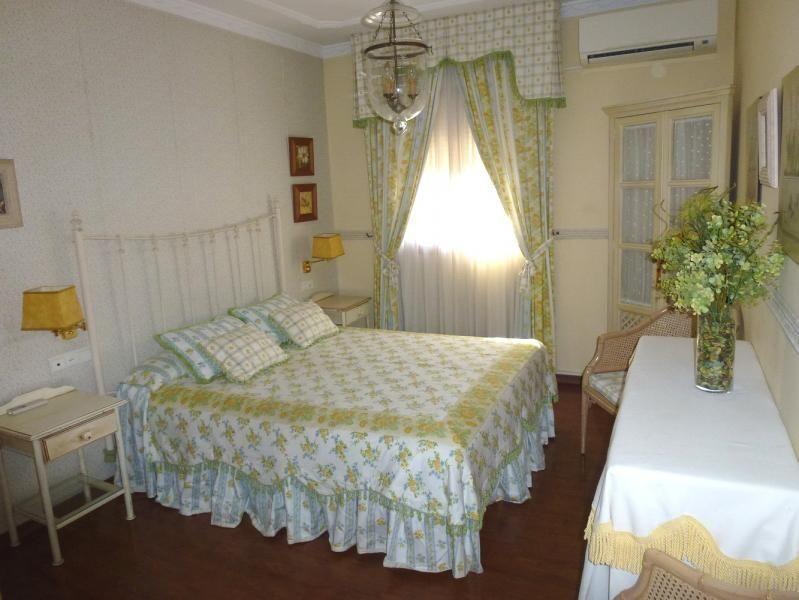 Dormitorio - Piso en alquiler en calle San Sebastian, Zona Centro en Huelva - 90321688