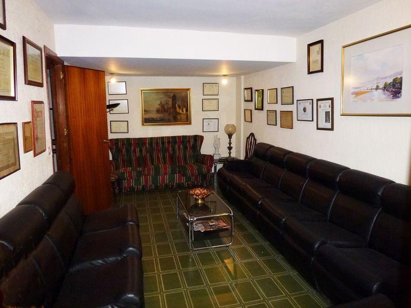 Detalles - Oficina en alquiler en calle Gines Martin Entreplanta, Zona Centro en Huelva - 122039746