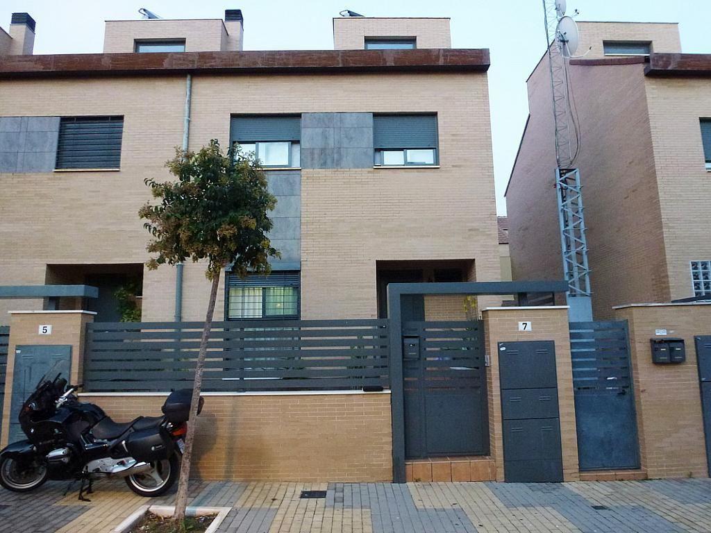 Casa adosada en venta en calle Basilio Marquinez, Huelva - 13515 ...