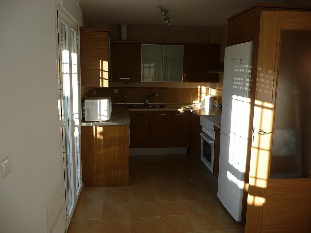 Cocina - Casa pareada en alquiler en calle Sierra Buyones, Corrales - 235606105