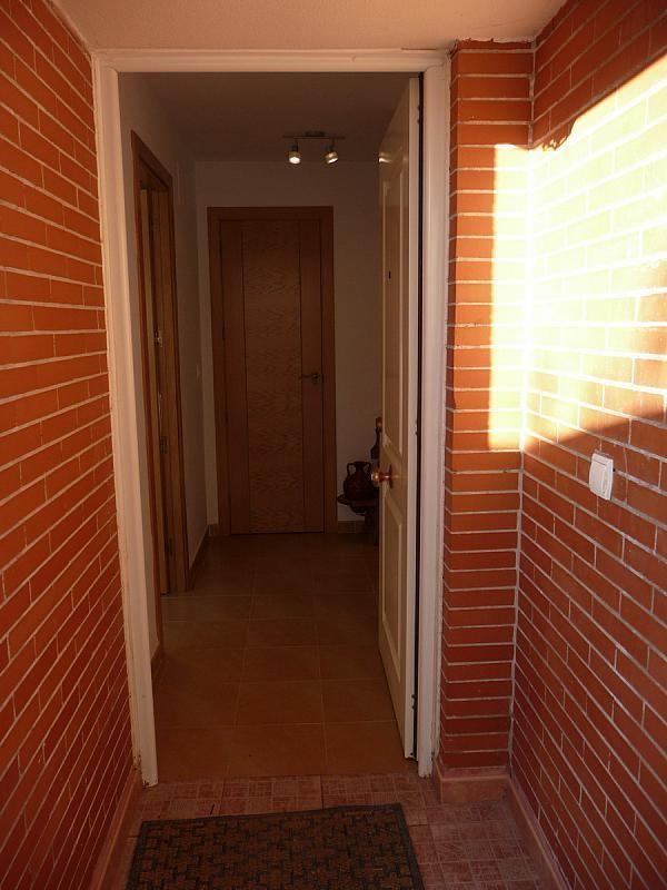 Vestíbulo - Casa pareada en alquiler en calle Sierra Buyones, Corrales - 235606134