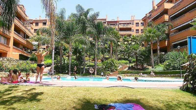 Vistas exteriores del alojamiento - Apartamento en alquiler de temporada en Nagüeles Alto en Marbella - 263761960