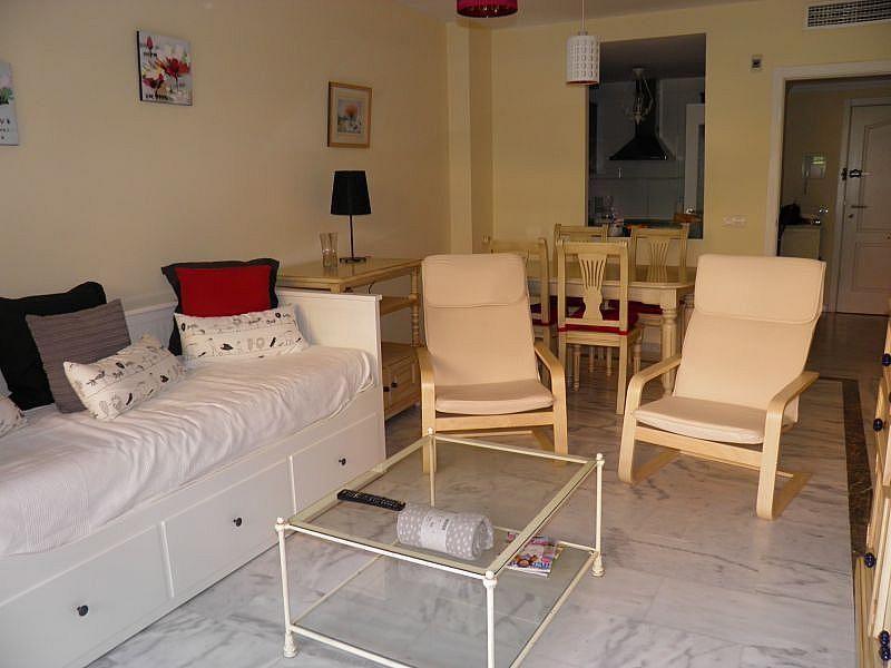 Sala de estar - Apartamento en alquiler de temporada en Nagüeles Alto en Marbella - 263761975