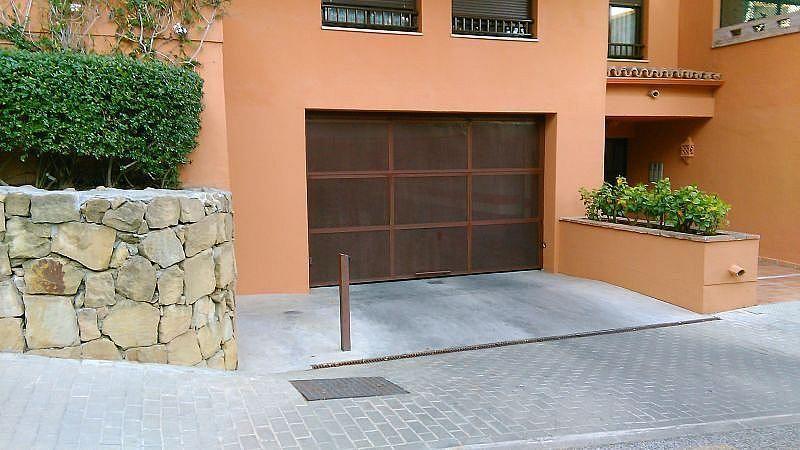Aparcamiento - Apartamento en alquiler de temporada en Nagüeles Alto en Marbella - 263762008