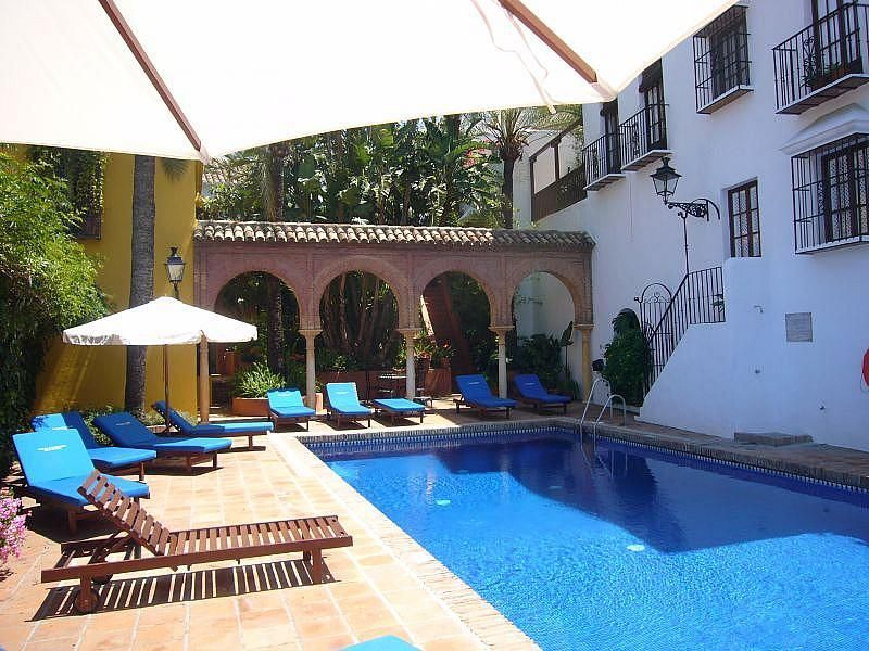 Piscina - Casa en alquiler de temporada en Marbella Pueblo en Marbella - 328202055
