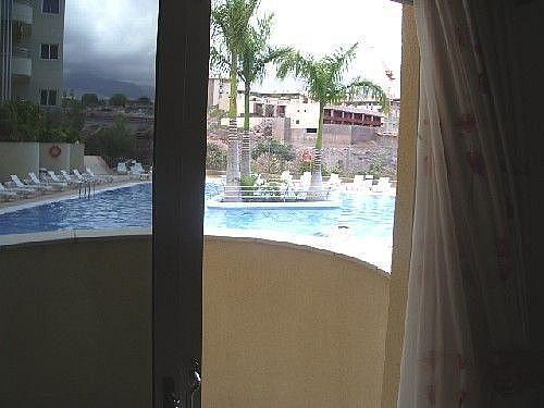 Vistas desde el balcón - Apartamento en alquiler de temporada en Adeje - 274955111