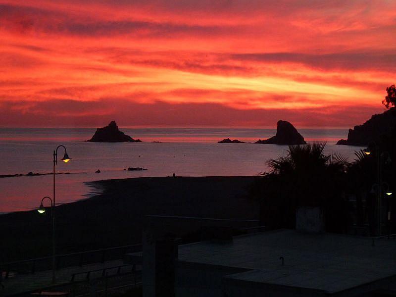 Vistas desde el balcón - Apartamento en alquiler de temporada en Almuñécar - 263764288