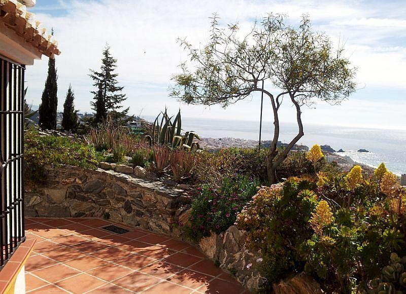 Vistas desde la terraza - Apartamento en alquiler de temporada en Almuñécar - 266243658