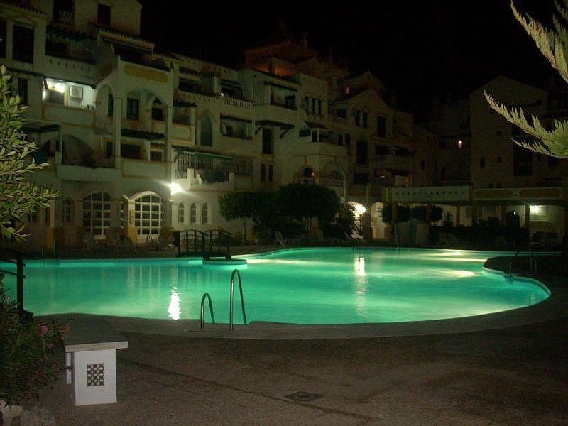 Piscina - Apartamento en alquiler de temporada en Roquetas de Mar - 389472025