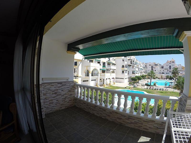 Terraza - Apartamento en alquiler de temporada en Roquetas de Mar - 389472067