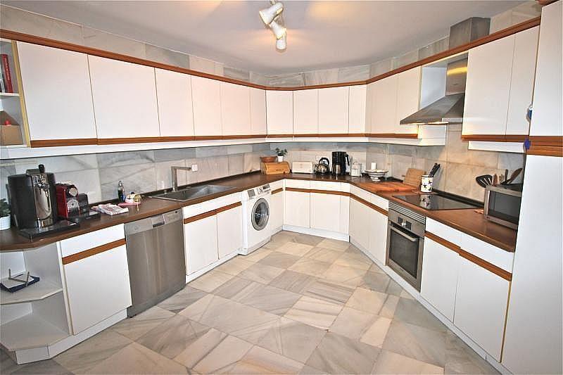 Cocina independiente - Apartamento en alquiler de temporada en Nagüeles Alto en Marbella - 274956683