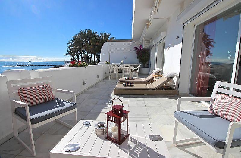 Vistas desde la terraza - Apartamento en alquiler de temporada en Nagüeles Alto en Marbella - 360680502