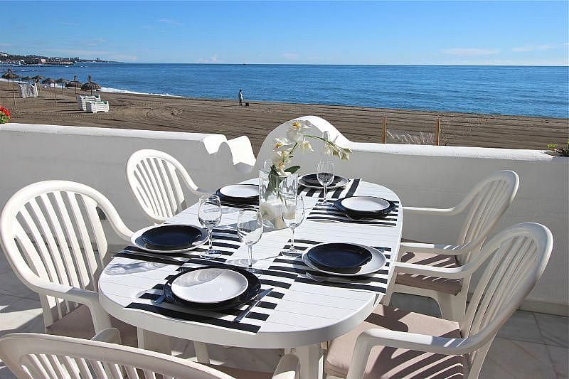 Vistas desde el alojamiento - Apartamento en alquiler de temporada en Nagüeles Alto en Marbella - 360680508
