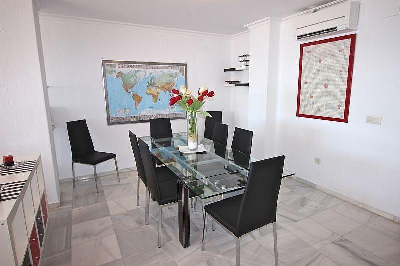 Comedor - Apartamento en alquiler de temporada en Nagüeles Alto en Marbella - 360680514