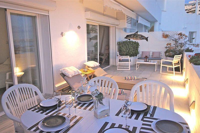 Vistas desde la terraza - Apartamento en alquiler de temporada en Nagüeles Alto en Marbella - 360680526