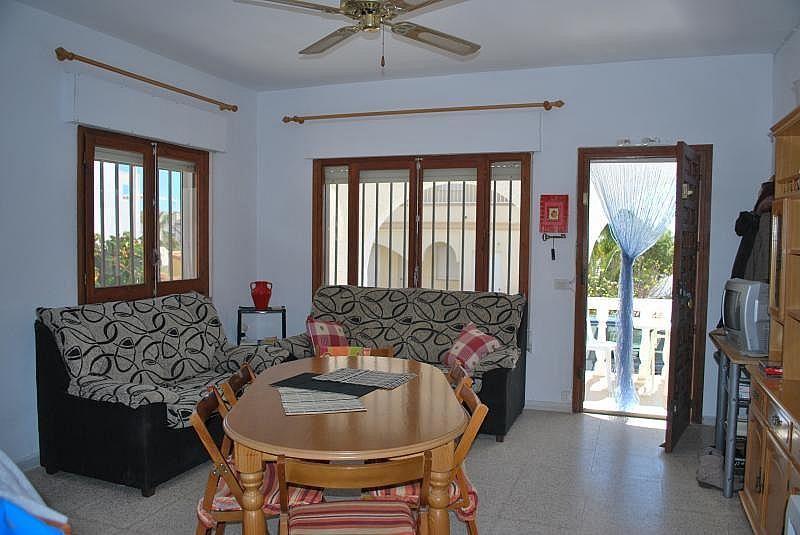 Sala de estar - Casa en alquiler de temporada en San Juan de los Terreros - 261121441