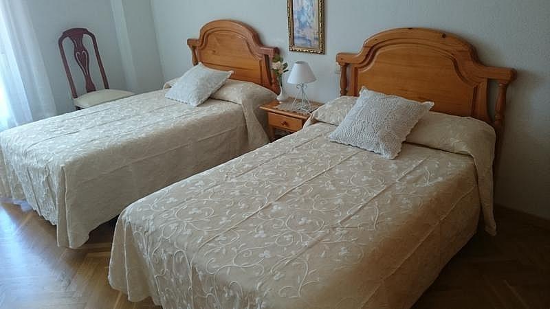 Dormitorio 2 - Casa en alquiler de temporada en Toledo - 261117574