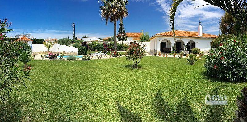 Jardín - Casa en alquiler de temporada en Conil de la Frontera - 387059261