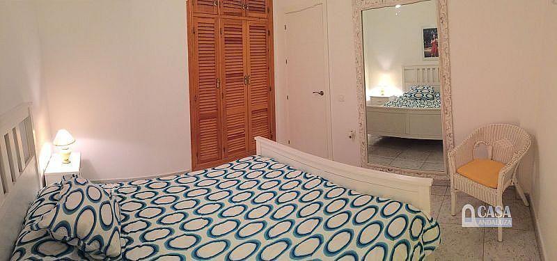 Dormitorio 1 - Casa en alquiler de temporada en Conil de la Frontera - 387059279