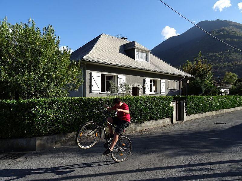 Vistas exteriores del alojamiento - Casa en alquiler de temporada en Argelès-Gazost - 259055126