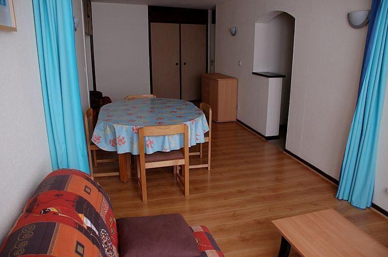 Sala de estar - Apartamento en alquiler de temporada en La Mongie - 261115738