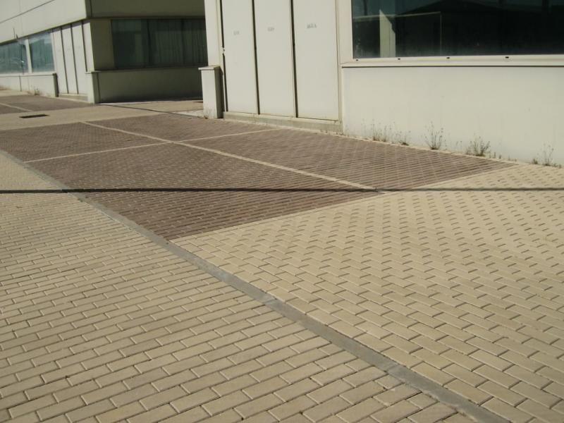 Fachada - Nave industrial en alquiler en calle Rio Cea, Las Hervencias en Ávila - 76428379