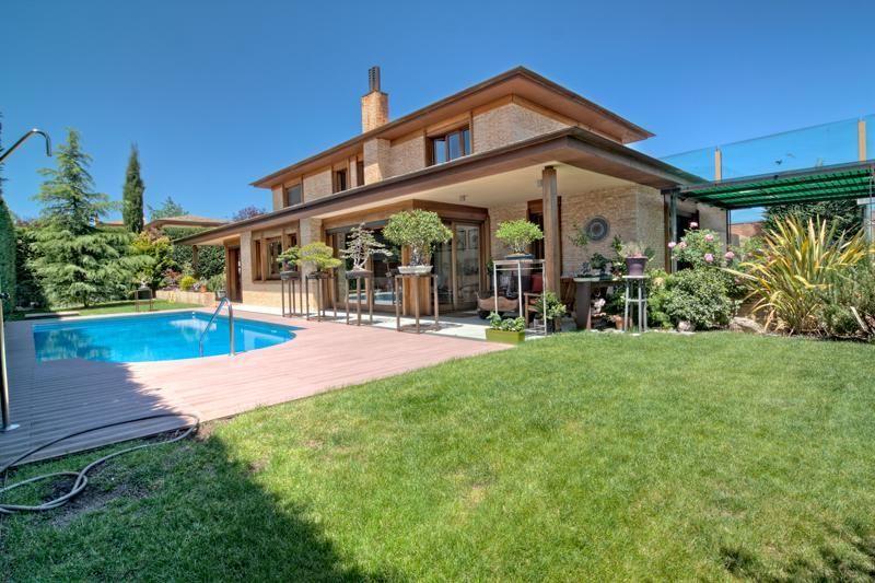 Chalet en venta en aravaca en madrid 13578 265 yaencontre - Chalets en madrid ...