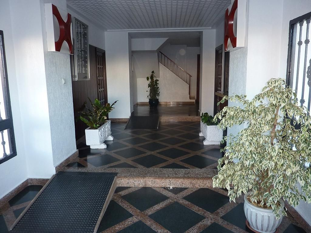 Piso en alquiler de temporada en edificio Torreumbria, Punta Umbría - 382822175