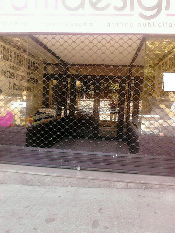 Local comercial en alquiler en Centro en Salamanca - 358763835