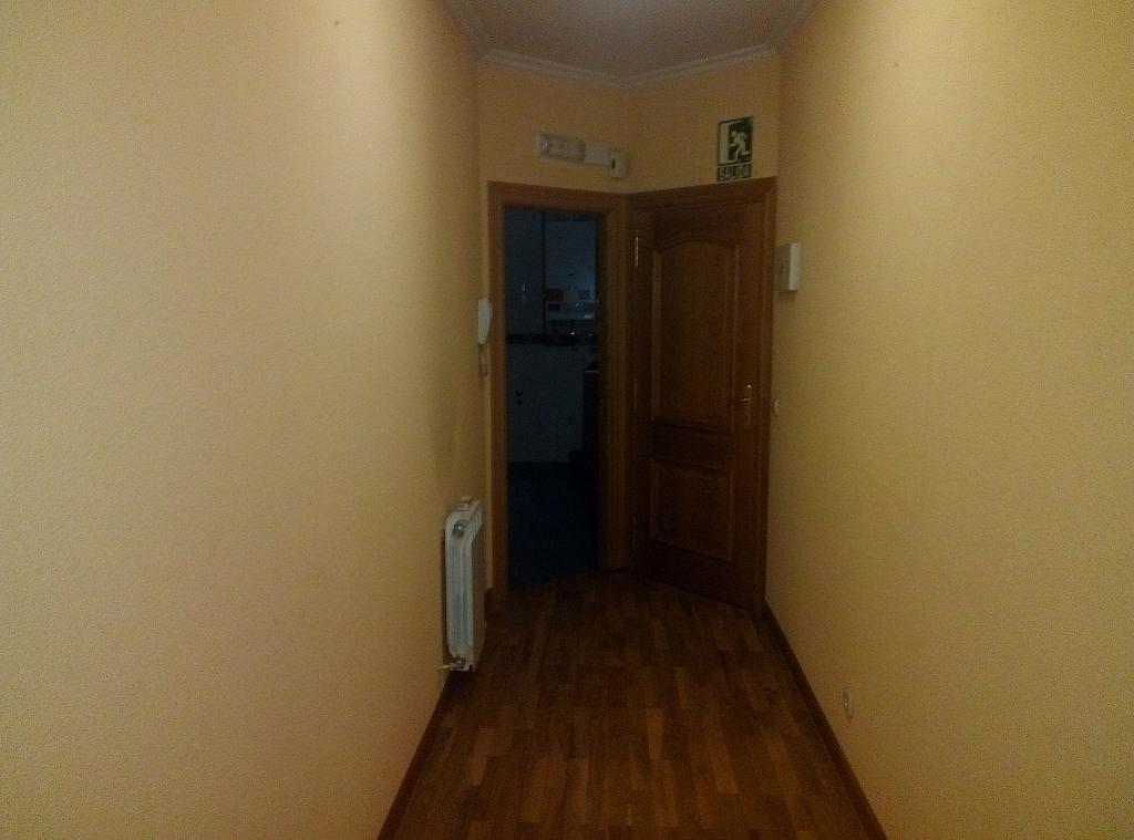Vestíbulo - Piso en alquiler en calle Berruguete, Centro-Catedral en Palencia - 262509475