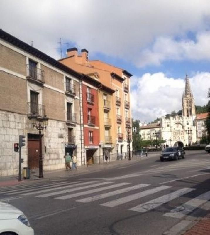 Piso en alquiler en plaza Vega, Burgos - 358706739