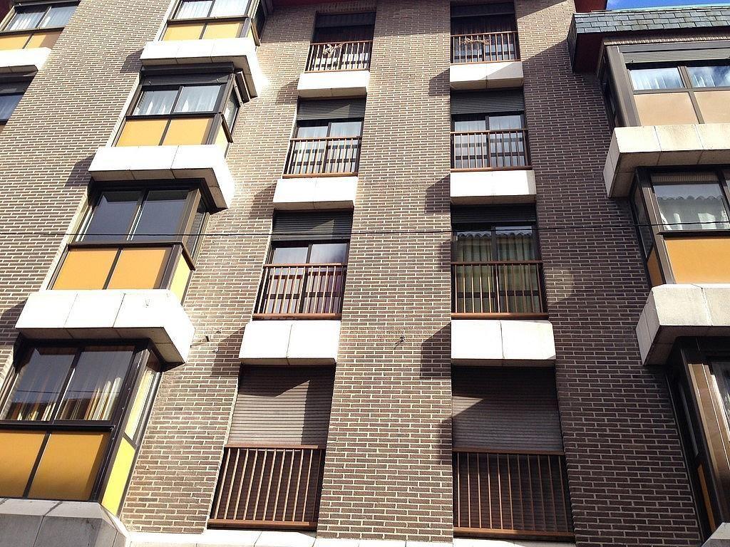 Fachada - Piso en alquiler en calle Teresa Gil, Centro en Valladolid - 329589657