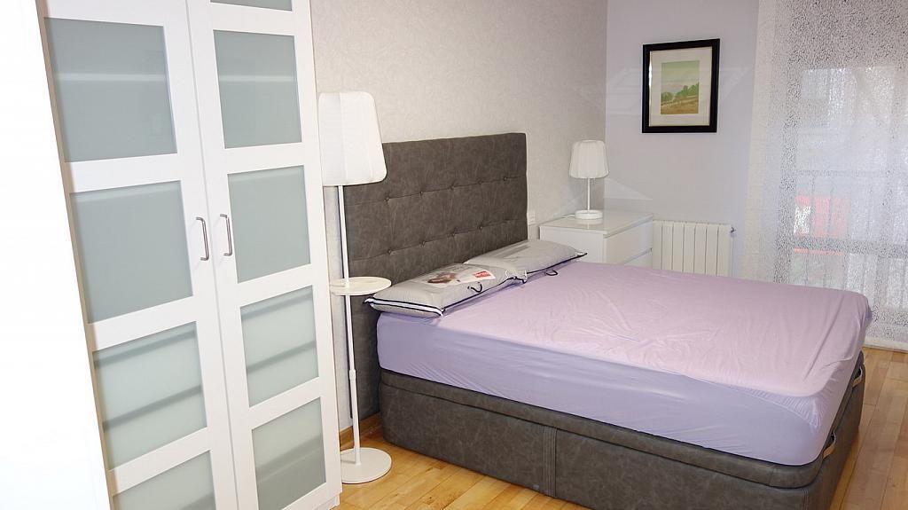 Dormitorio - Piso en alquiler en calle Teresa Gil, Centro en Valladolid - 379488135