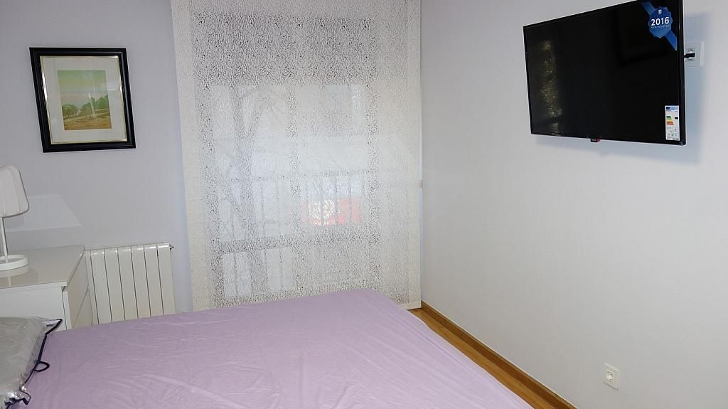 Dormitorio - Piso en alquiler en calle Teresa Gil, Centro en Valladolid - 379488136