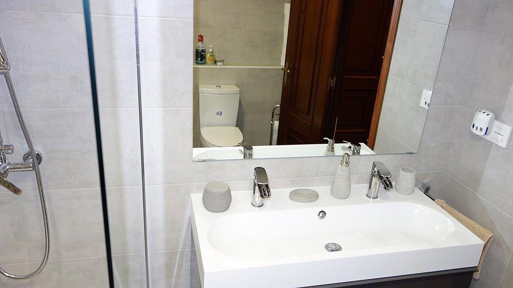 Baño - Piso en alquiler en calle Teresa Gil, Centro en Valladolid - 379488140