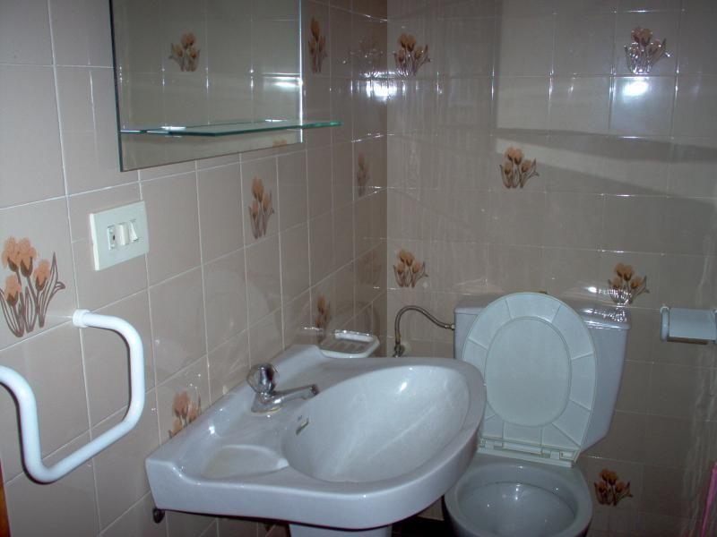 Baño - Piso en alquiler en travesía Arteixo, Arteixo - 57936311