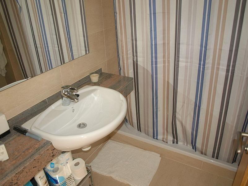 Baño - Apartamento en venta en calle Riu Brugent, Els Esquirols en Cambrils - 171982419