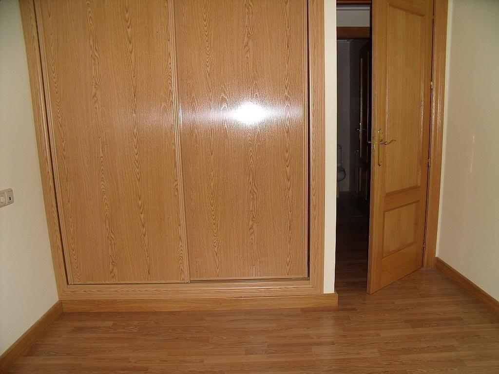 Apartamento en venta en calle Cuchilleros, Cubas-Industria en Albacete - 252371487