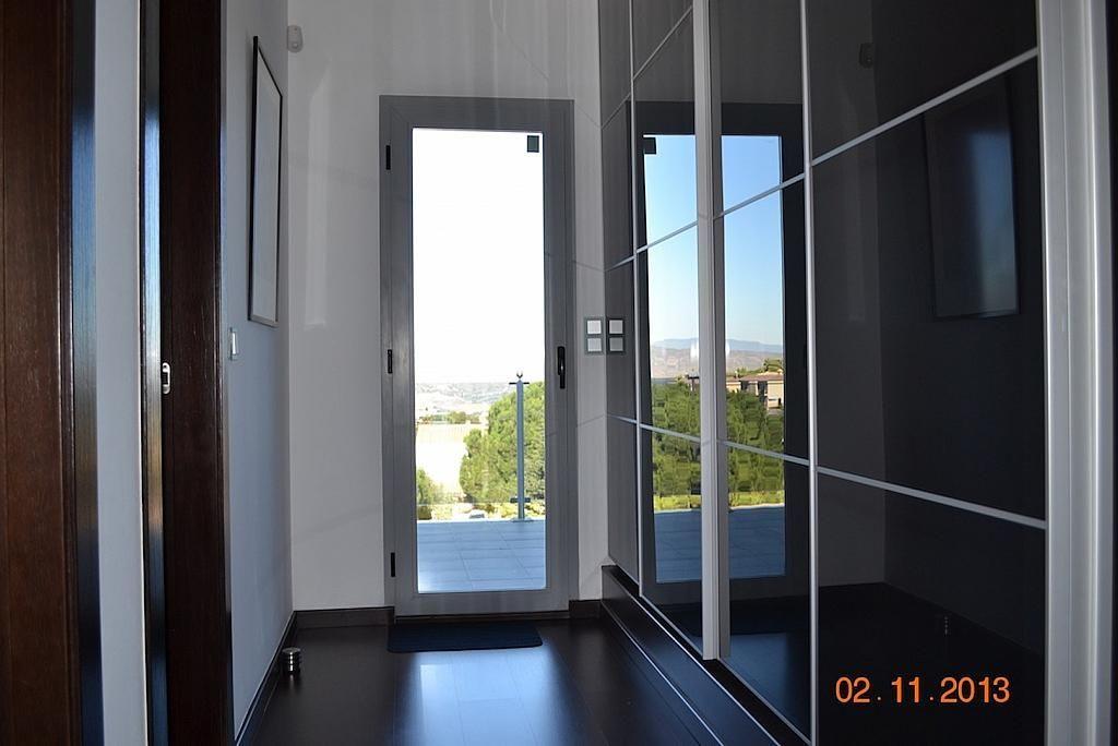 Dormitorio - Casa en alquiler en calle Casares, Alhaurín de la Torre - 235798774