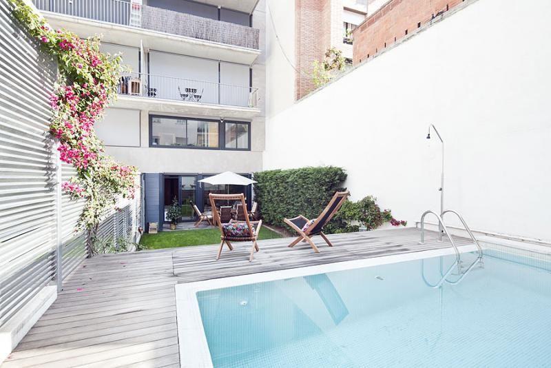 Piscina - Dúplex en alquiler de temporada en calle Prats de Mollo, Sant Gervasi – Galvany en Barcelona - 84234524