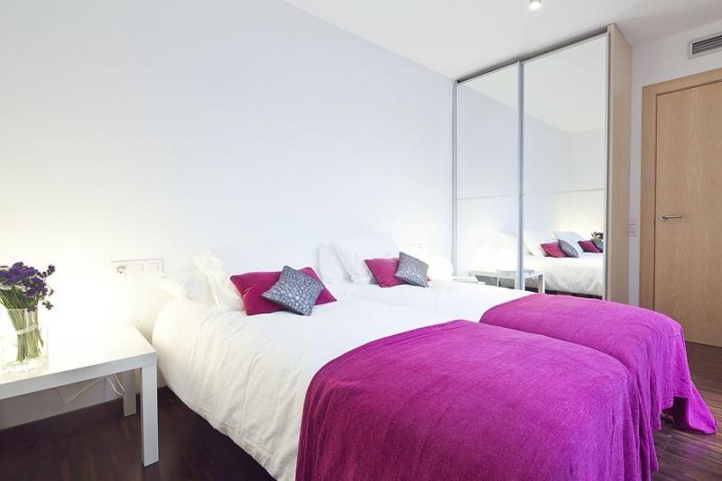 Dormitorio - Dúplex en alquiler de temporada en calle Prats de Mollo, Sant Gervasi – Galvany en Barcelona - 84234534