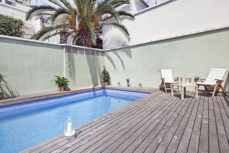Piscina - Ático-dúplex en alquiler de temporada en calle Ramón y Cajal, Vila de Gràcia en Barcelona - 84381908