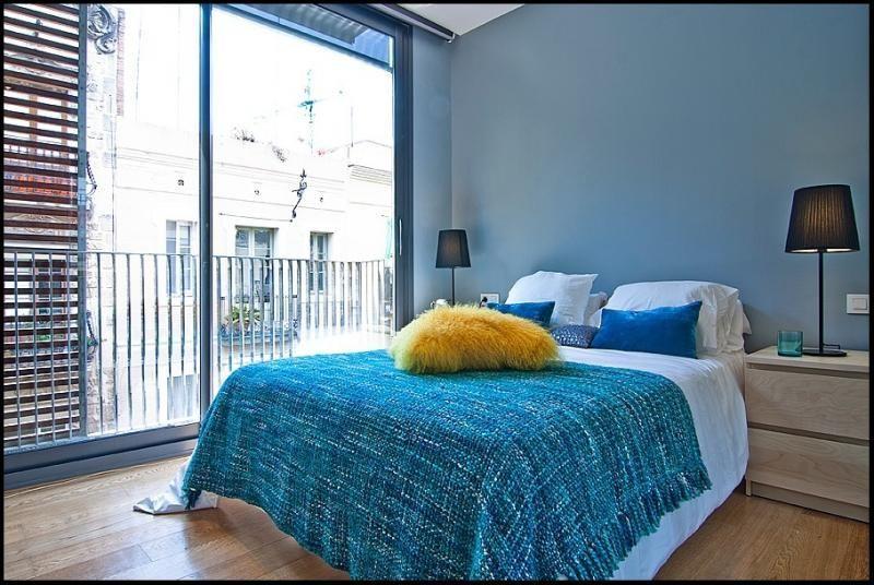 Dormitorio - Ático-dúplex en alquiler de temporada en calle Ramón y Cajal, Vila de Gràcia en Barcelona - 84381918