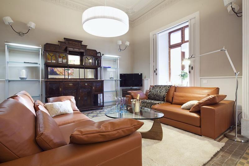 Salón - Apartamento en alquiler de temporada en rambla Catalunya, Eixample dreta en Barcelona - 84382199
