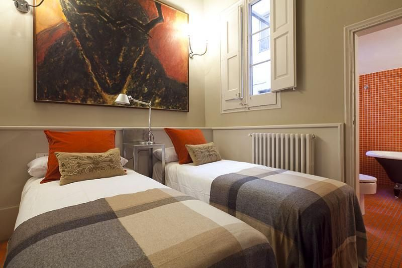 Dormitorio - Apartamento en alquiler de temporada en rambla Catalunya, Eixample dreta en Barcelona - 84382209