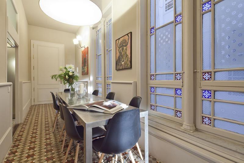 Comedor - Apartamento en alquiler de temporada en rambla Catalunya, Eixample dreta en Barcelona - 84382215