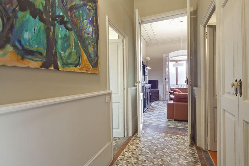 Pasillo - Apartamento en alquiler de temporada en rambla Catalunya, Eixample dreta en Barcelona - 84382218