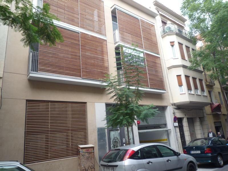 Parking en alquiler en calle Ramon y Cajal, Vila de Gràcia en Barcelona - 97519065