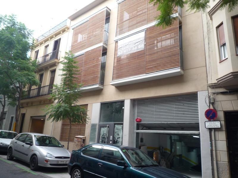 Parking en alquiler en calle Ramon y Cajal, Vila de Gràcia en Barcelona - 97519152